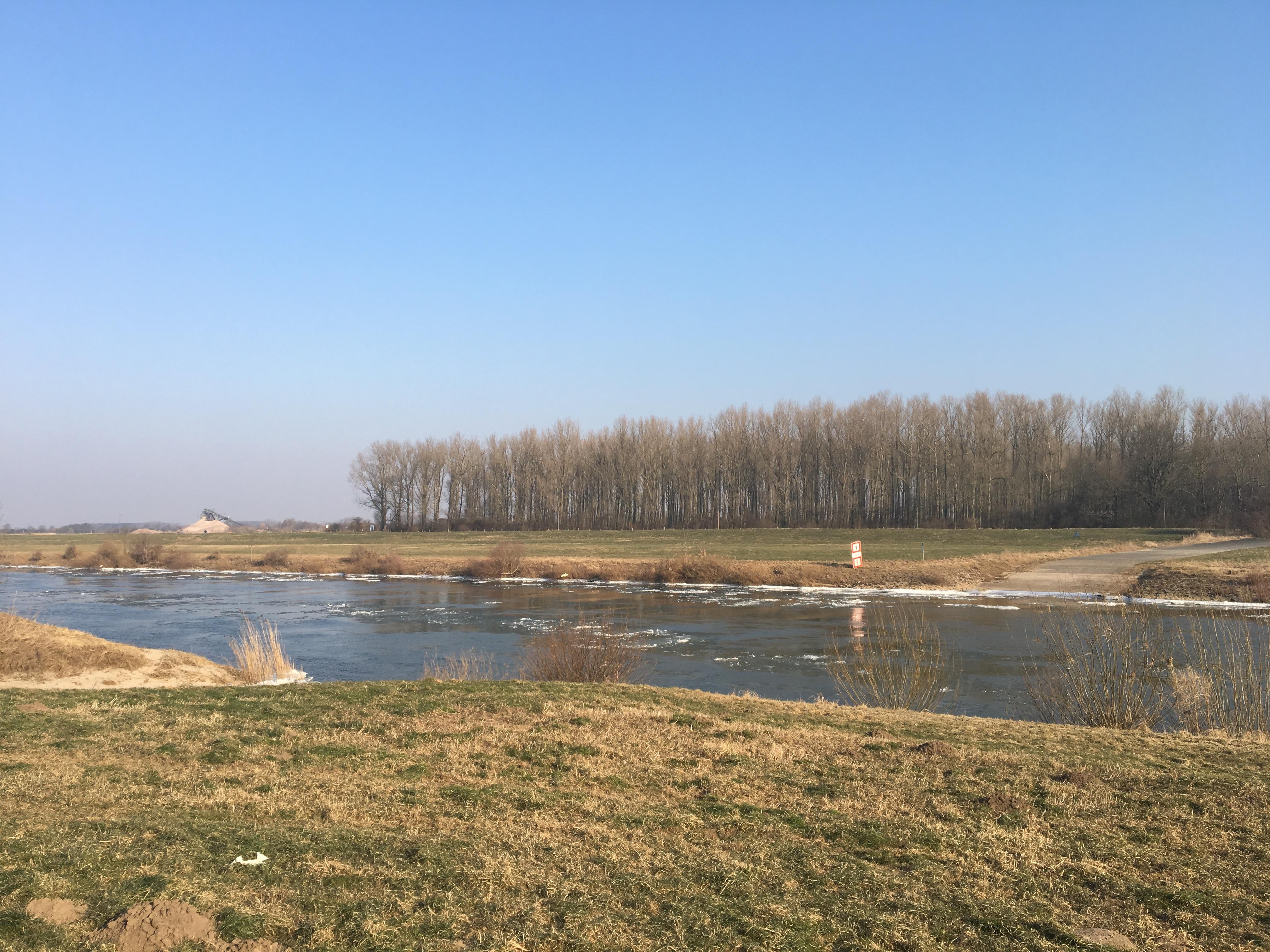 Eisschollen Weser