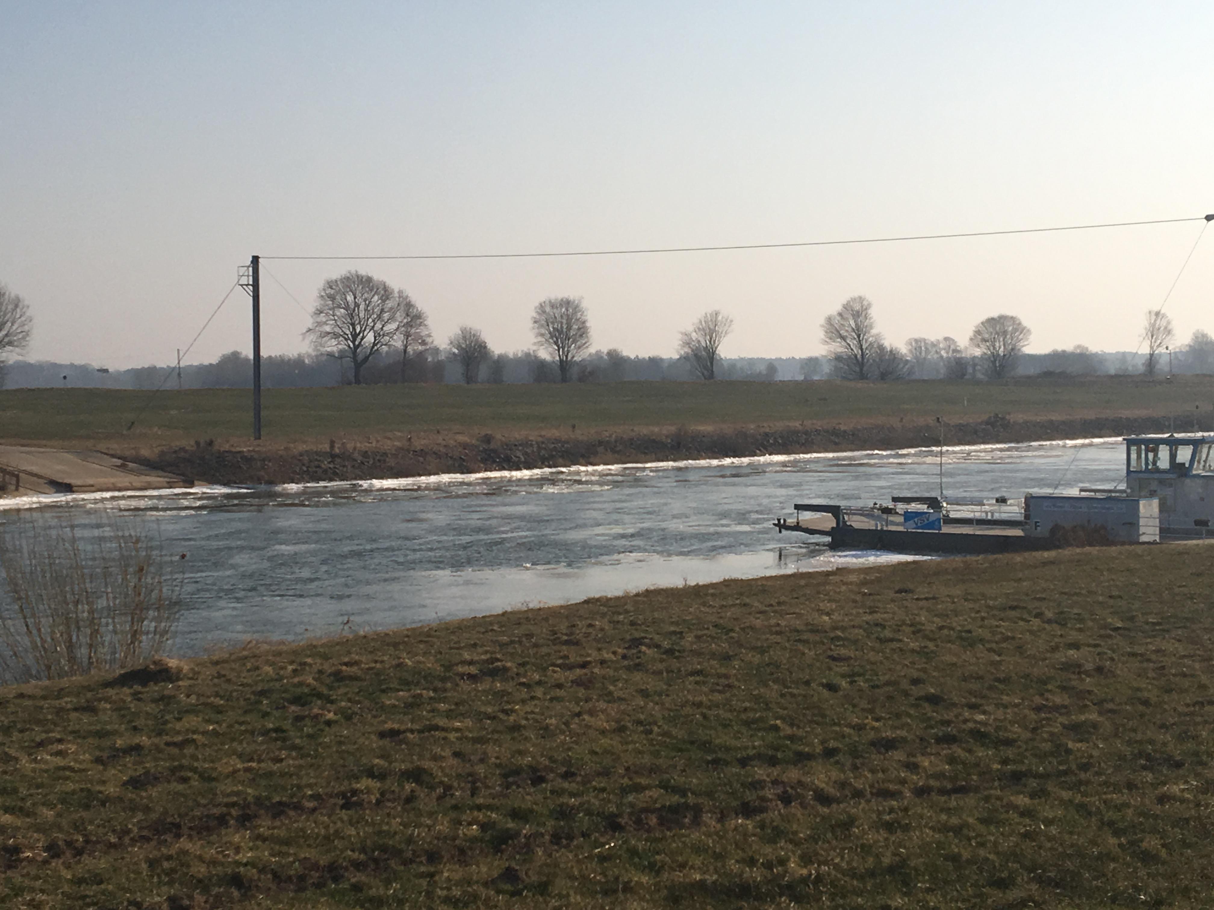 Vereiste Ufer der Weser