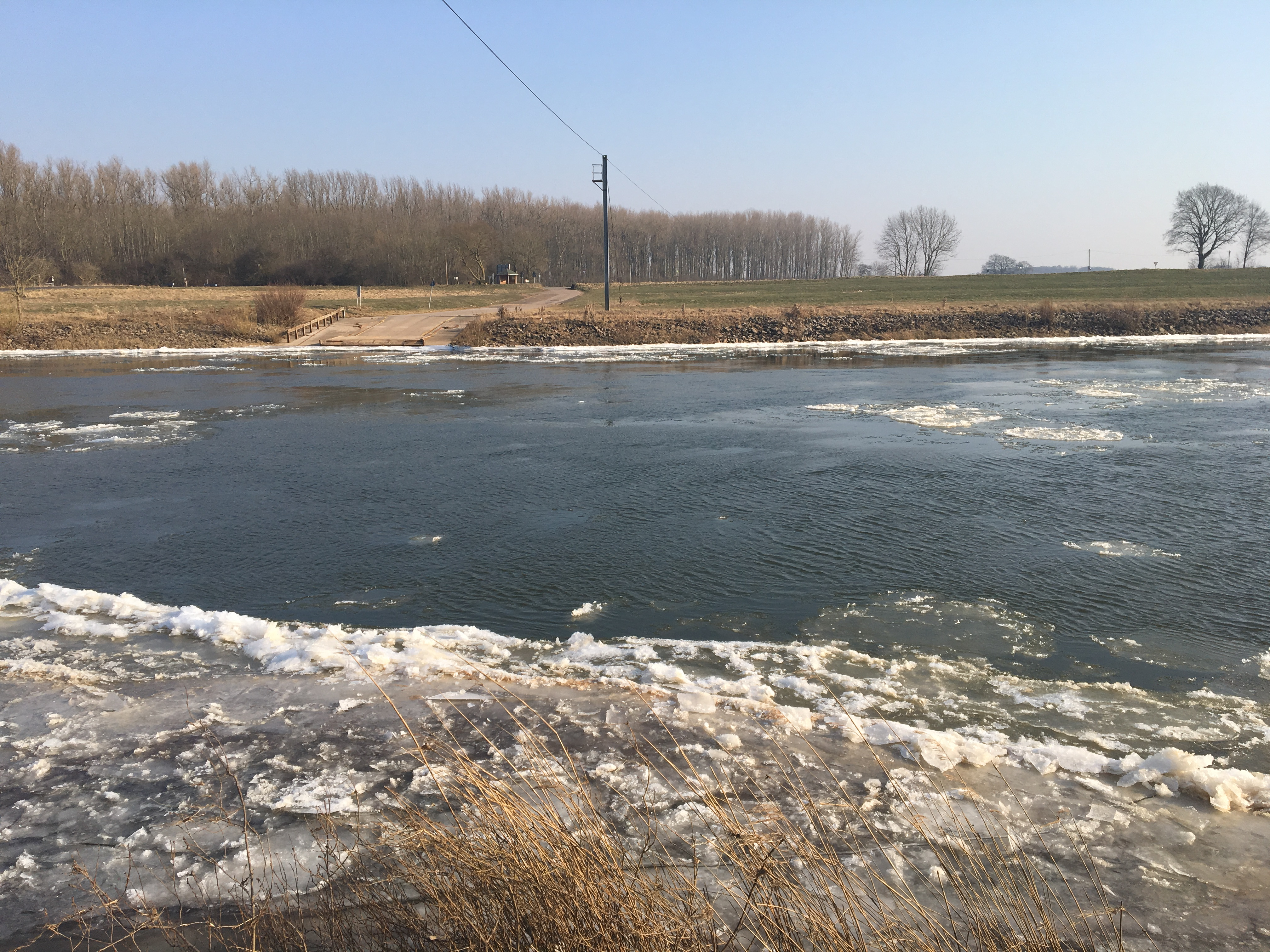 Eisgang Weser 3.3.2018